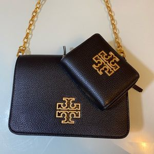 TORY BURCH BRAND NEW CROSSBODY SET PEBBLED LEATHER
